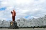 Đề xuất xây thêm 14 tượng đài Bác Hồ trên khắp cả nước