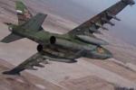Video: Tiêm kích Su-30 hộ tống cường kích Su-25 diệt mục tiêu mặt đất
