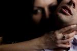 Liên tục bị nữ yêu râu xanh cưỡng hiếp, hàng loạt đàn ông Zimbabwe cầu cứu