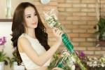 Sau scandal giả tạo với Ngô Thanh Vân, Angela Phương Trinh khoe eo thon xuống phố