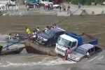 Clip: Chìm phà trên sông Amazon, người và xe trôi xuống dòng nước dữ