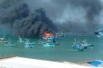 Tàu ở Phú Quốc bốc cháy dữ dội, nhiều bình gas phát nổ