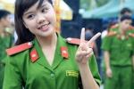 Nữ sinh cảnh sát xinh đẹp trong ngày hội thanh niên