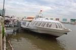 Hành khách hào hứng đi tàu cánh ngầm sau 11 tháng bị đình chỉ