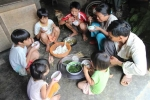 Chuyện kinh ngạc ở Quảng Nam: Cặp vợ chồng ngoài 40 tuổi sinh 15 con