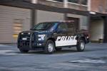 Soi bán tải 'hàng khủng' Ford F150 của cảnh sát Mỹ