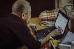 Gặp cụ bà 97 tuổi 'siêu công nghệ' lên báo nước ngoài