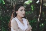 Hồ Quỳnh Hương dầm mưa, bồi hồi nhớ thương người yêu cũ