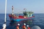 Cứu thành công tàu cá cùng 19 thuyền viên lênh đênh trên biển