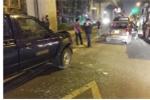 Xe biển xanh tông taxi trong đêm, 3 người bị thương