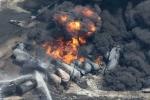 Ảnh: Thị trấn tang thương sau vụ nổ tàu chở dầu