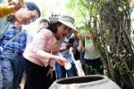 Clip: Bộ trưởng Y tế Kim Tiến đến nơi có người nhiễm Zika