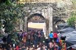 Chèo kéo du khách tại Chùa Hương, 9 người bị bắt