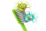 Điều ít biết về bệnh lây qua bàn chải đánh răng