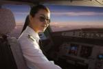 Dàn nữ phi công xinh như hot girl của các hãng hàng không