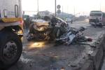 TP.HCM: Container đâm xe đang dừng đèn đỏ, 5 người tử vong