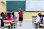 Cuộc sống thường ngày của nữ phó giáo sư ngôn ngữ học 8X