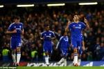 Oscar sút hỏng phạt đền, Hiddink vuột chiến thắng ngày mở màn triều đại