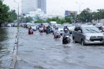 Phố Sài Gòn lại chìm trong nước sau ngày mưa tầm tã