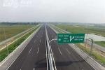 Thủ tướng: 'Trông chờ ngân sách sẽ không có cây số đường cao tốc nào'