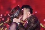 Trấn Thành - Hari Won bị Vân Sơn ép hôn đến 'kiệt sức'