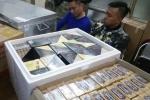 Thu giữ hàng chục nghìn điếu xì gà lậu ở phố cổ Hà Nội