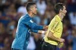 Đẩy trọng tài, Ronaldo bị phạt nặng chưa từng có