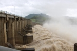 Hai thủy điện lớn xả lũ, dân vùng hạ du cần đề cao cảnh giác