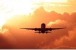 Bị vợ đòi bỏ, phi công doạ lao máy bay chở 200 khách xuống đất tự tử