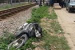 Kẹt bánh xe trên đường ray, Bí thư xã bị tàu cán chết