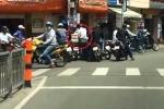 Bắt băng nhóm dàn cảnh cướp tiền giữa Sài Gòn