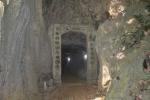 Vén màn bí mật về hang động phát ra mùi thơm kỳ lạ ở Hải Dương
