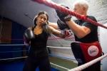 Cô gái Hồi giáo và hành trình đặc biệt trở thành nhà vô địch Kickboxing thế giới