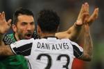 Buffon nhờ đồng đội dạy cách vô địch Champions League