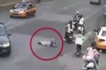 Giả vờ tai nạn để ăn vạ, người đàn ông suýt bỏ mạng dưới gầm xe tải