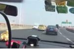 Tài xế 'điên' lạng lách, vượt 50 xe trên cao tốc giữa giờ cao điểm trong chưa đầy 2 phút