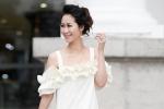 Hoa hậu Dương Thùy Linh xuống phố điệu đà, nữ tính