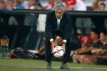 Mourinho có dám vô địch Europa League?