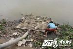 Hình ảnh đáng sợ bên dòng sông Lạch Tray