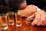 Biết sơ cứu, quý ông ngộ độc rượu sẽ thoát cửa tử