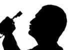 Bố uống nhiều rượu, con có thể bị thiểu năng trí tuệ