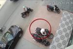 Trộm bẻ khóa, cướp xe SH cực nhanh trên phố Hà Nội