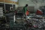 Venezuela trong khủng hoảng: Cửa hàng tan tành, phát khóc vì mua được bột mỳ