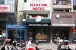 Người đàn ông ngoại quốc rơi từ tầng 5 khách sạn