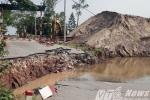 Sập đường dẫn cầu phao nối Hải Phòng với Thái Bình