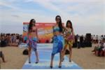'Bikini Show' khuấy động bờ biển Sầm Sơn
