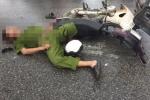 Hai xe máy đối đầu, người đàn ông mặc sắc phục công an tử vong tại chỗ