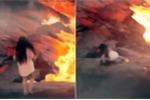 Sự thật clip cô gái trượt chân xuống biển nham thạch khiến người xem phát hoảng