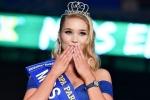 Hoa hậu Euro 2016 ủng hộ Iceland đánh bại tuyển Pháp