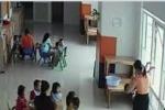Phẫn nộ giáo viên dốc ngược đầu trẻ, dọa vứt ra ngoài cửa sổ